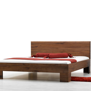 https://www.lacasaeconaturale.com/wp-content/uploads/2015/06/letto-legno-massello-laura-premium-01.jpg