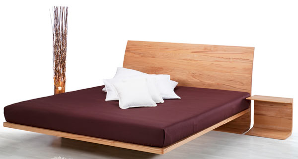 https://www.lacasaeconaturale.com/wp-content/uploads/2015/06/letto-legno-massello-mariella-04.jpg