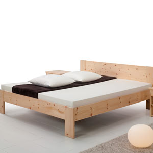 https://www.lacasaeconaturale.com/wp-content/uploads/2015/06/letto-legno-massello-tea-linear-01.jpg